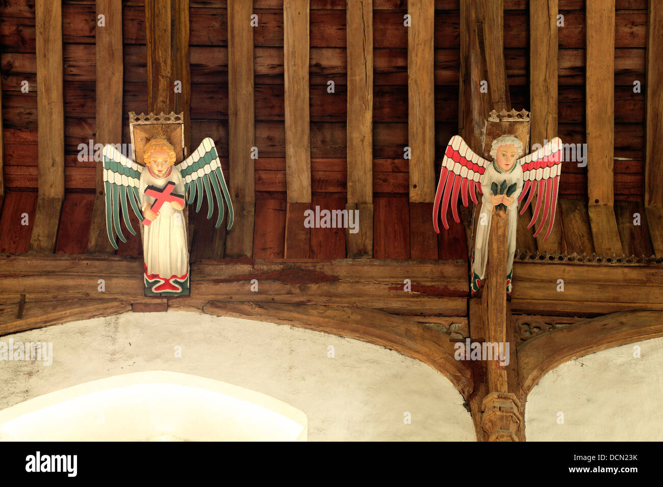 South Creake iglesia medieval de techo hammerbeam, ángeles ángel, Norfolk, Inglaterra, techos de vigas Imagen De Stock