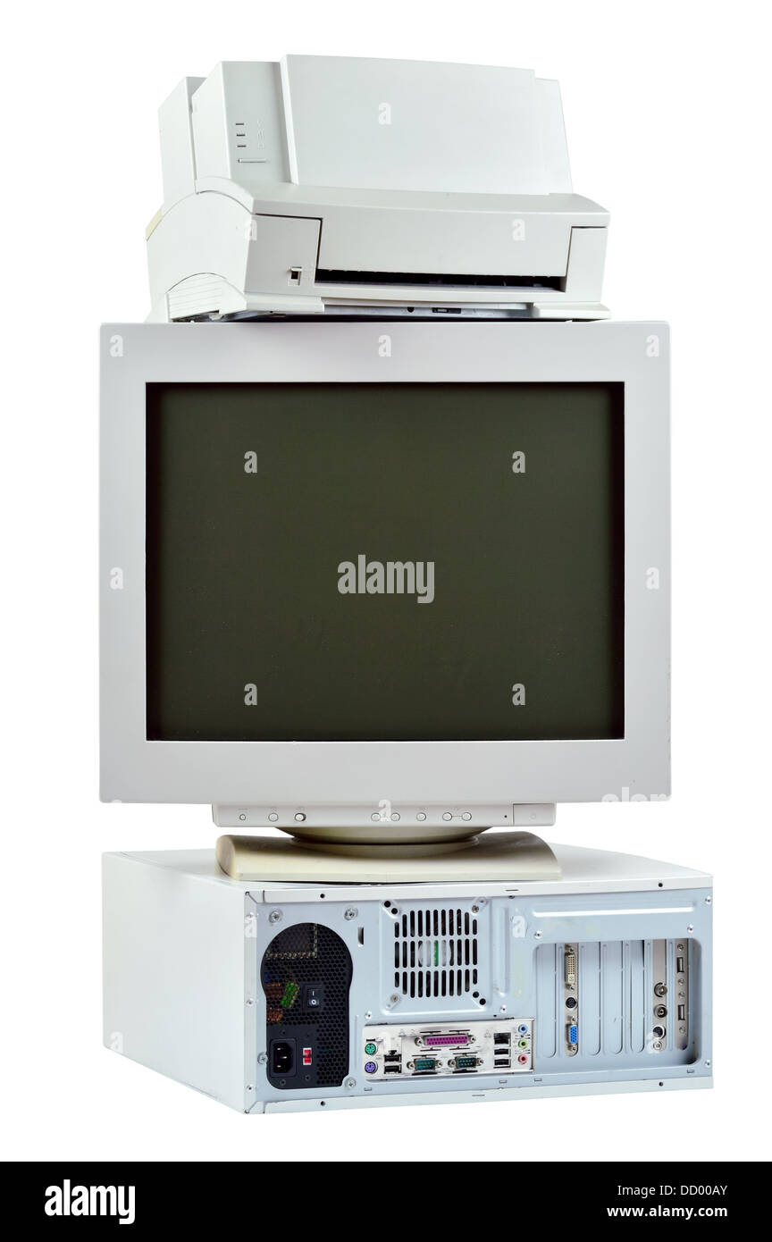 PC obsoleto commuter, impresora y monitor CRT. Pila de viejos, usados con ordenador, monitor e impresora, los desechos Imagen De Stock
