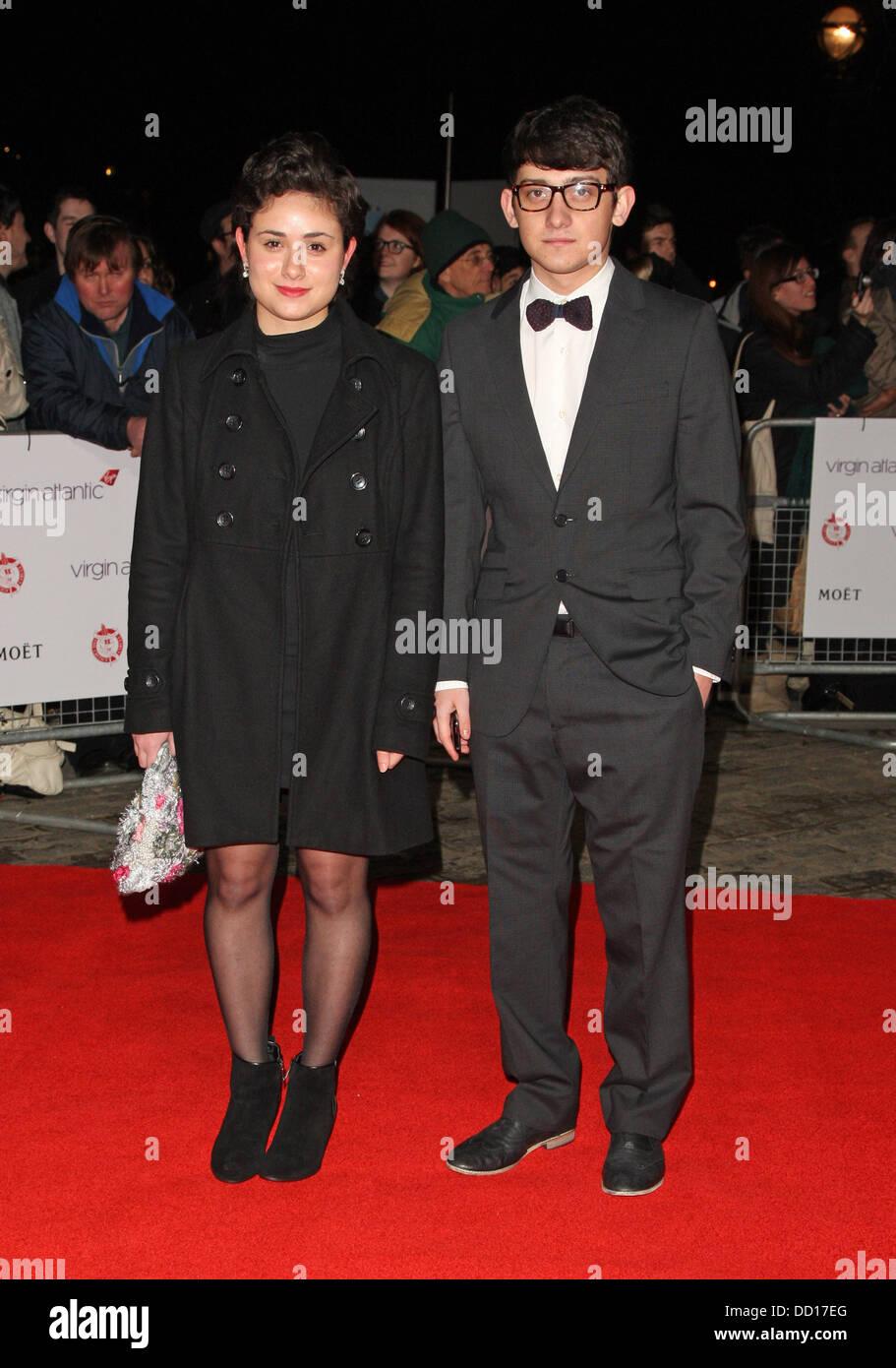 Yasmin Paige y Craig Roberts El Critics' Circle Film Awards celebrado en el BFI Southbank - Llegadas de Londres, Imagen De Stock