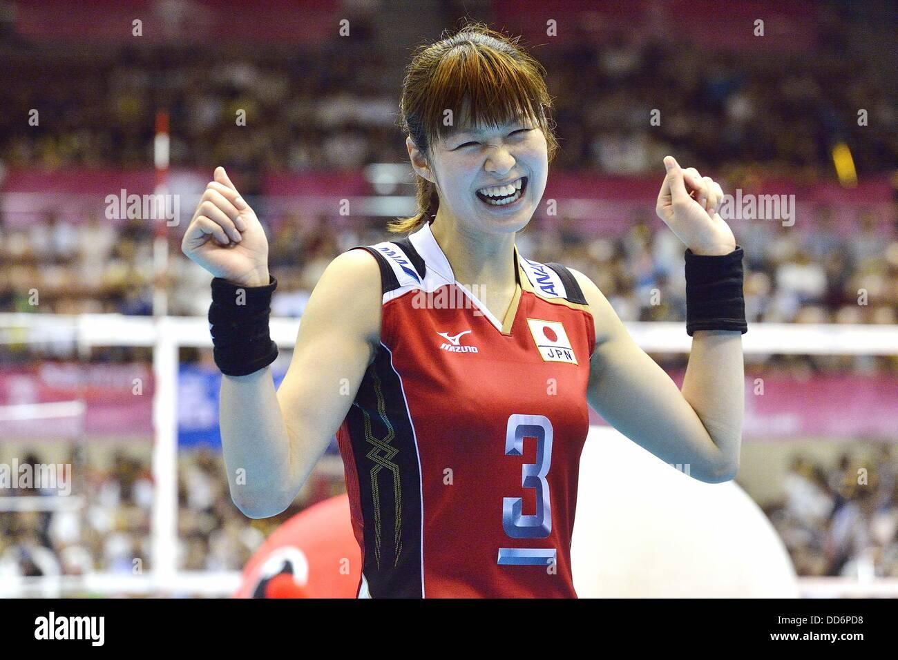 Saori Kimura (JPN), 18 de agosto de 2013 - Voleibol : 2013 FIVB World Grand Prix, Ronda Preliminar la semana 3 Piscina M coinciden con Japón 3-2 República Checa en el gimnasio de Sendai en Sendai, Miyagi, Japón. (Foto por Ryu Makino/AFLO) Foto de stock