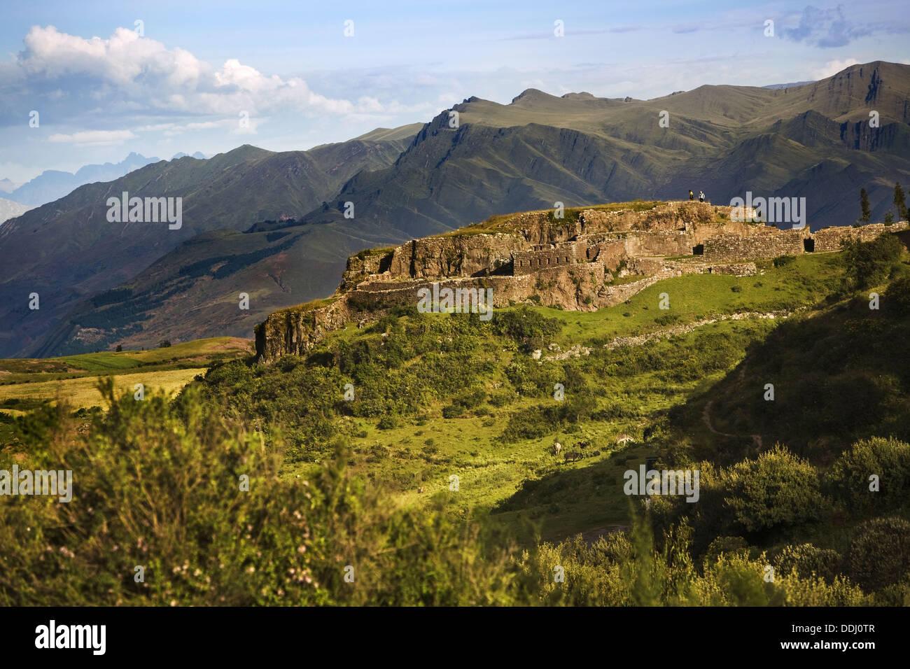 Pucapucara complejo militar incaica, región de Cusco, Perú Imagen De Stock
