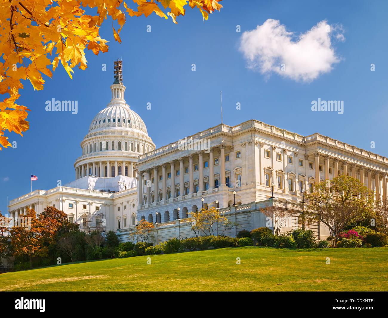 US Capitol en día soleado Imagen De Stock