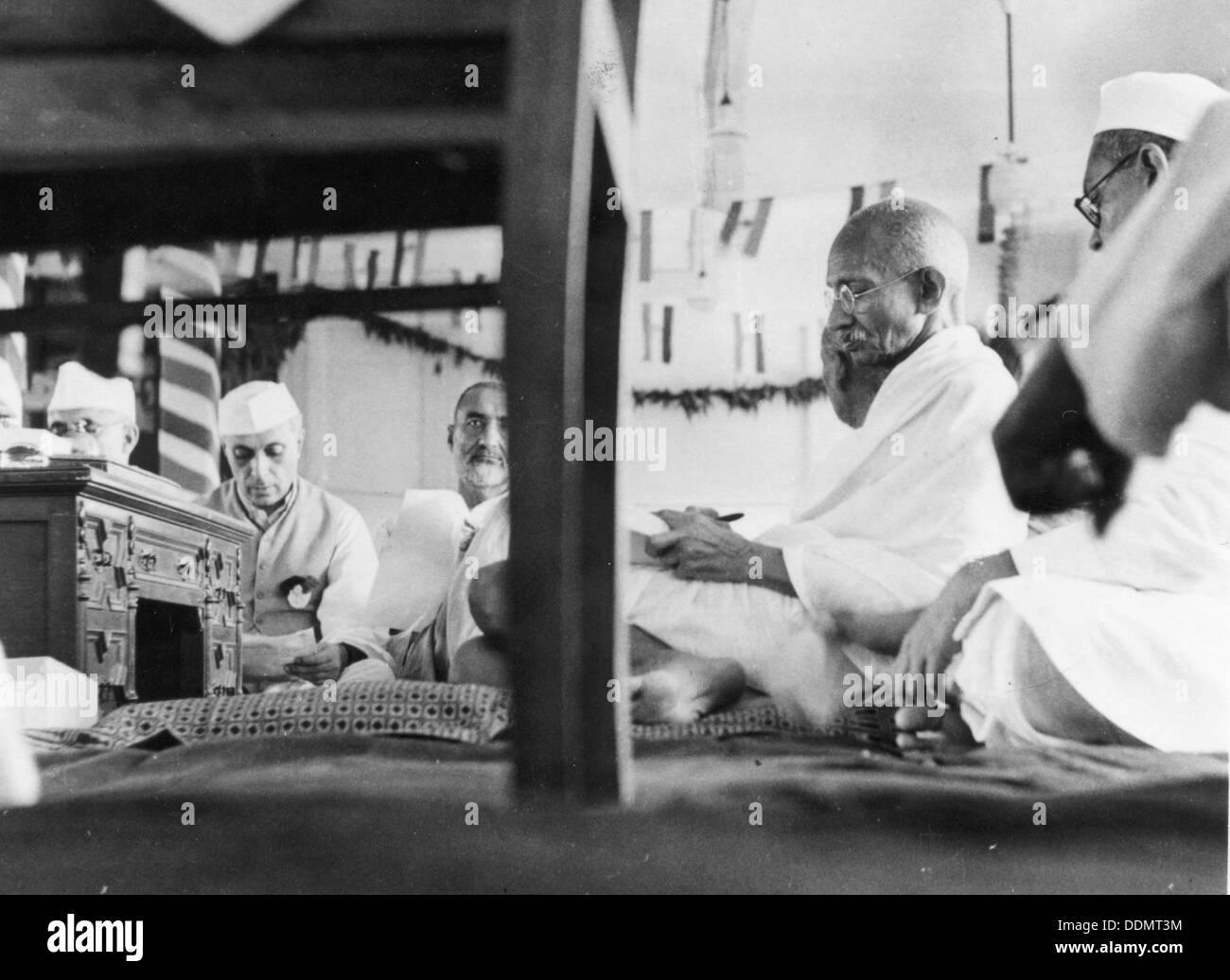 Mahatma Gandhi (1869-1948). Artista: Desconocido Foto de stock