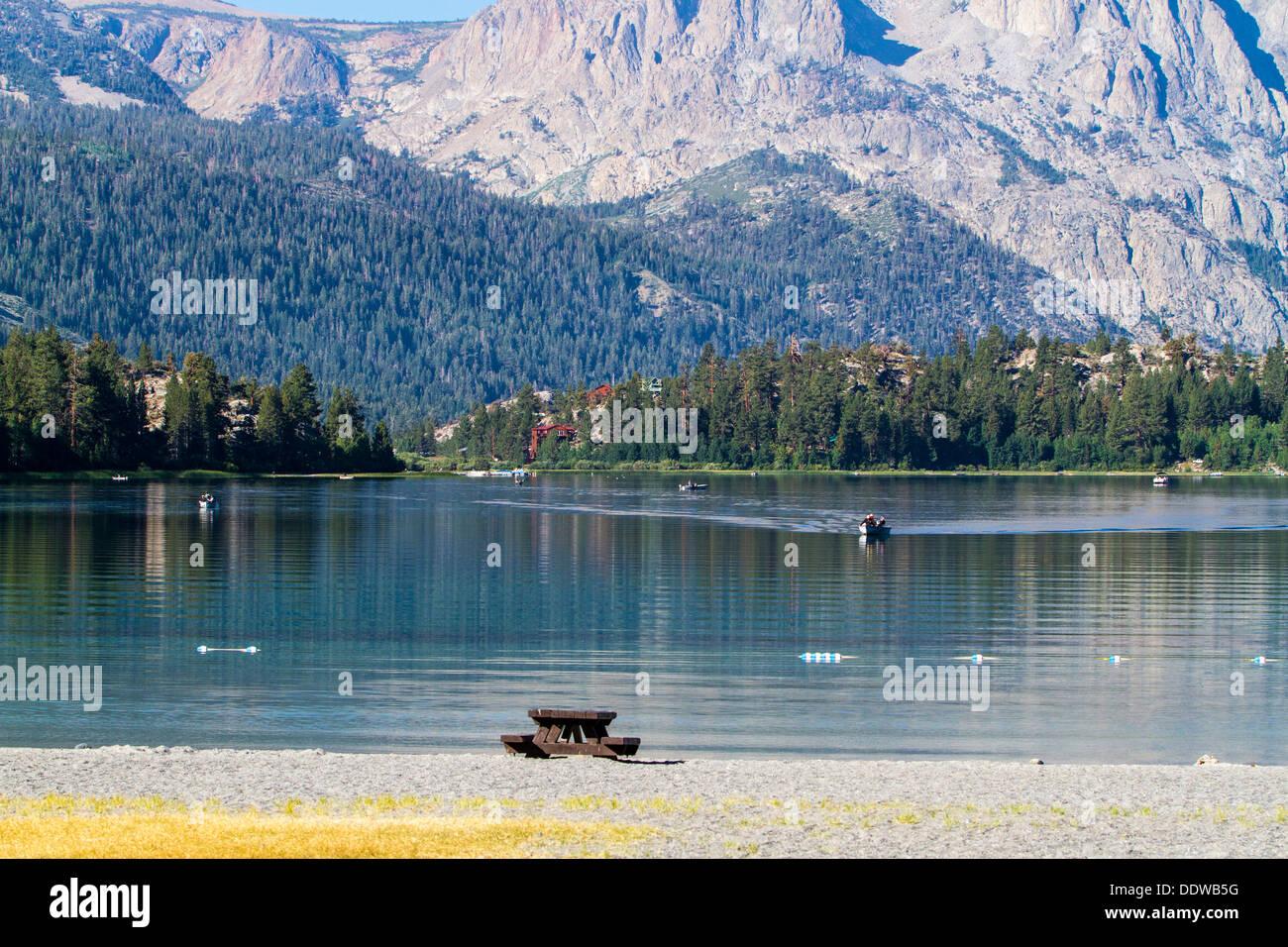 Junio Lago de California, en una mañana tranquila en agosto de 2013 Foto de stock