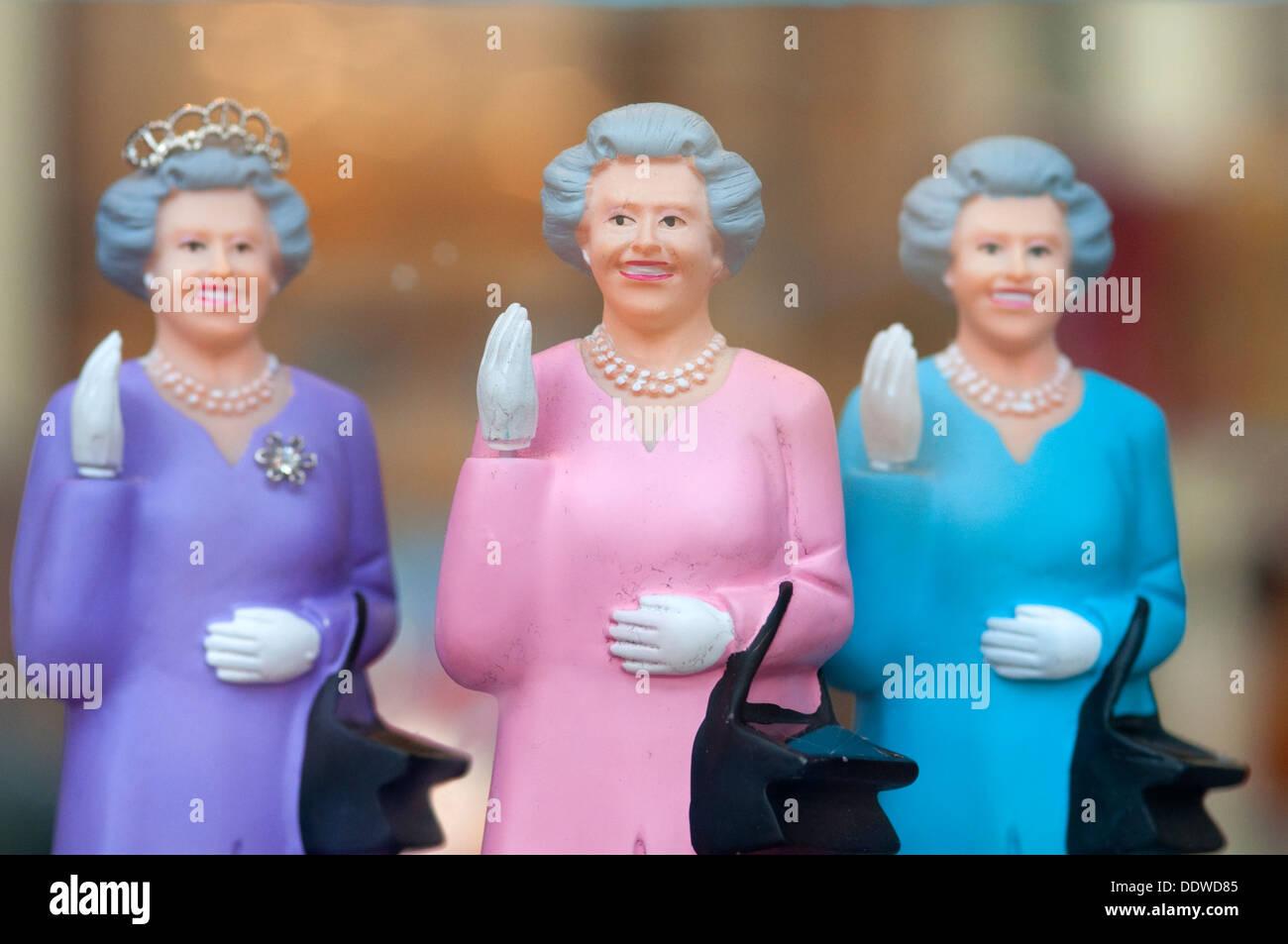 The Queen Waving Imágenes De Stock & The Queen Waving Fotos De Stock ...