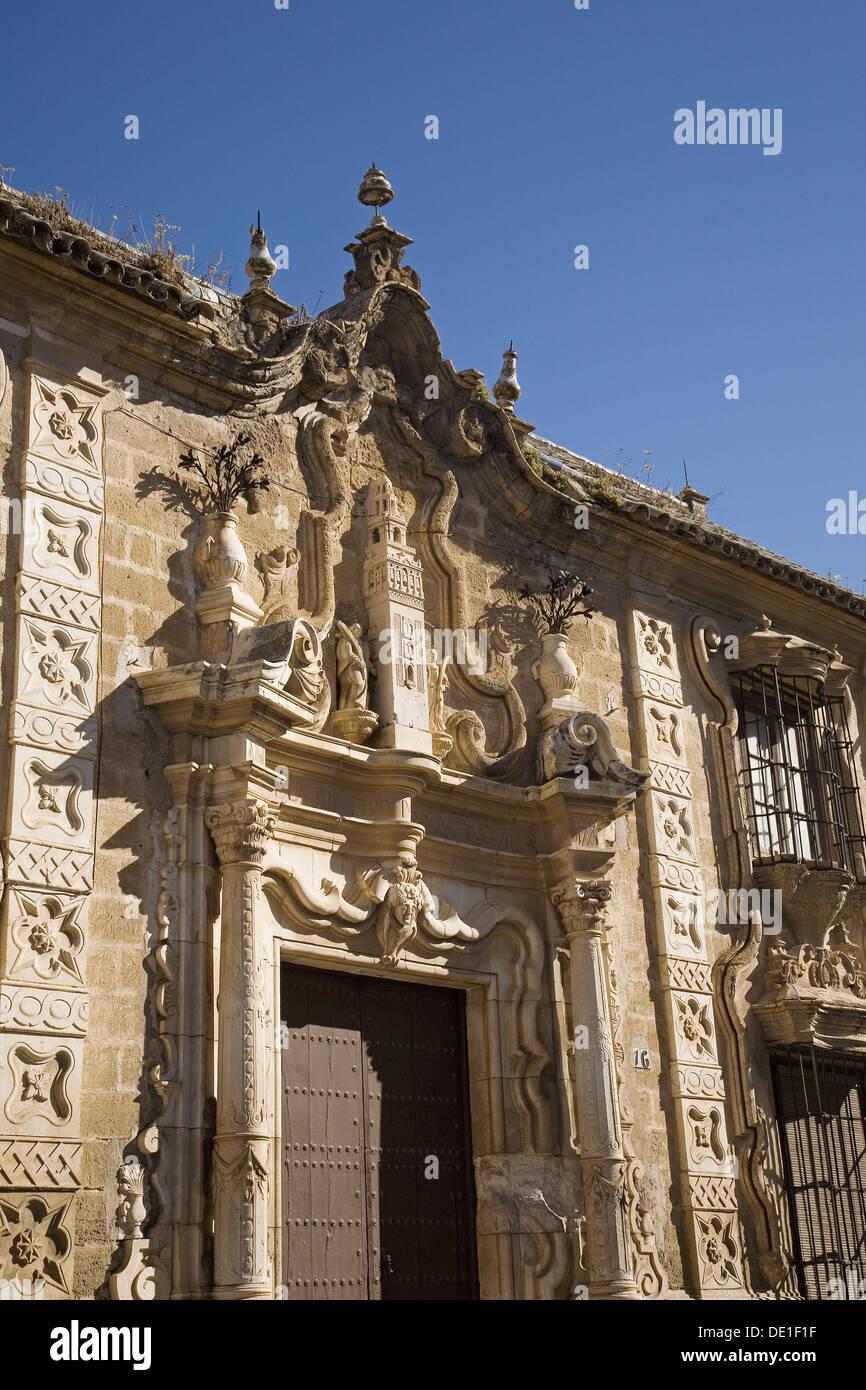 Fachada de la Cilla del Cabildo colegial, Osuna. Provincia de Sevilla, Andalucía, España. Imagen De Stock