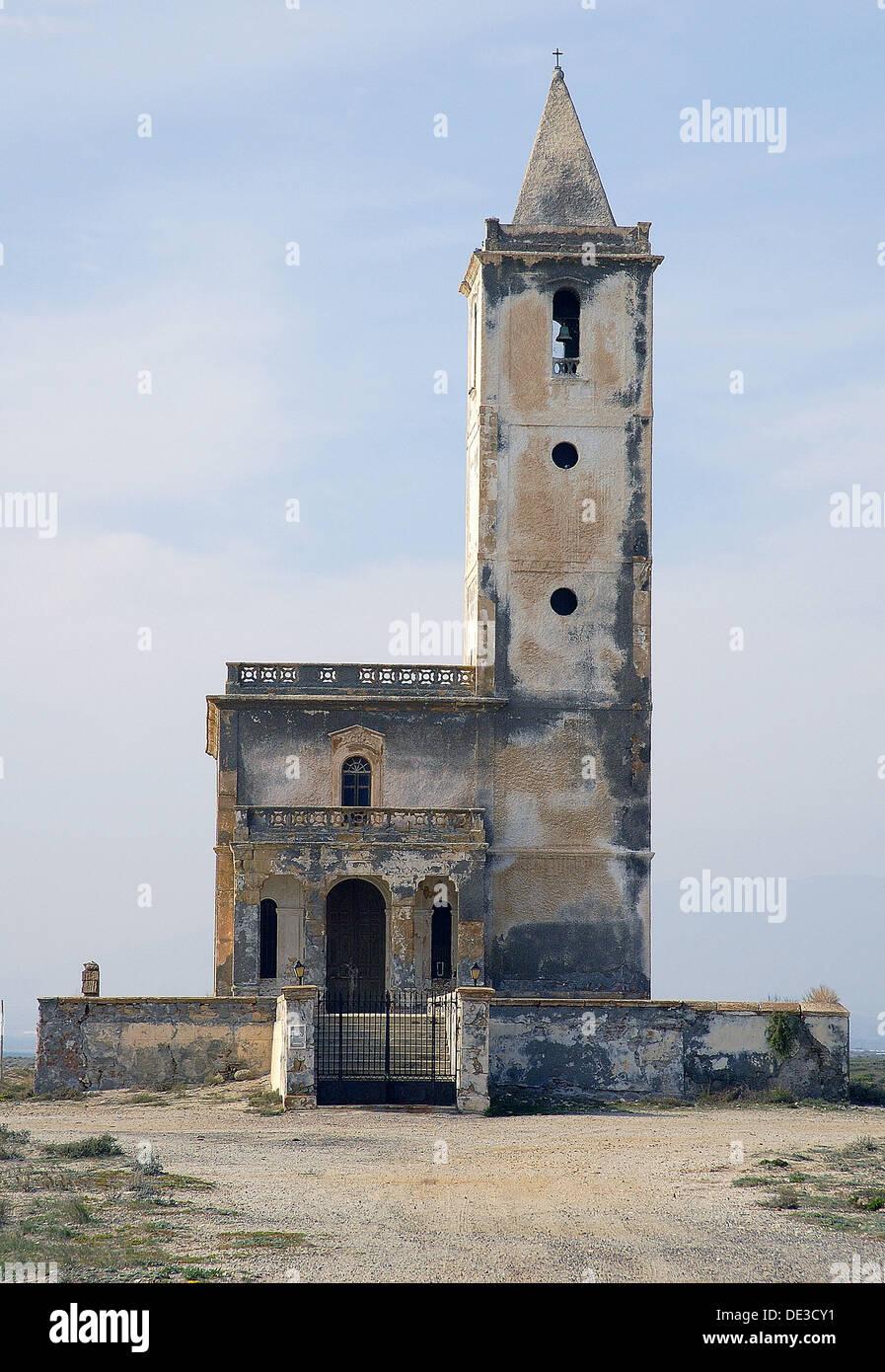 Iglesia En Salinas Del Cabo De Gata Almeria Andalucia Espana Foto