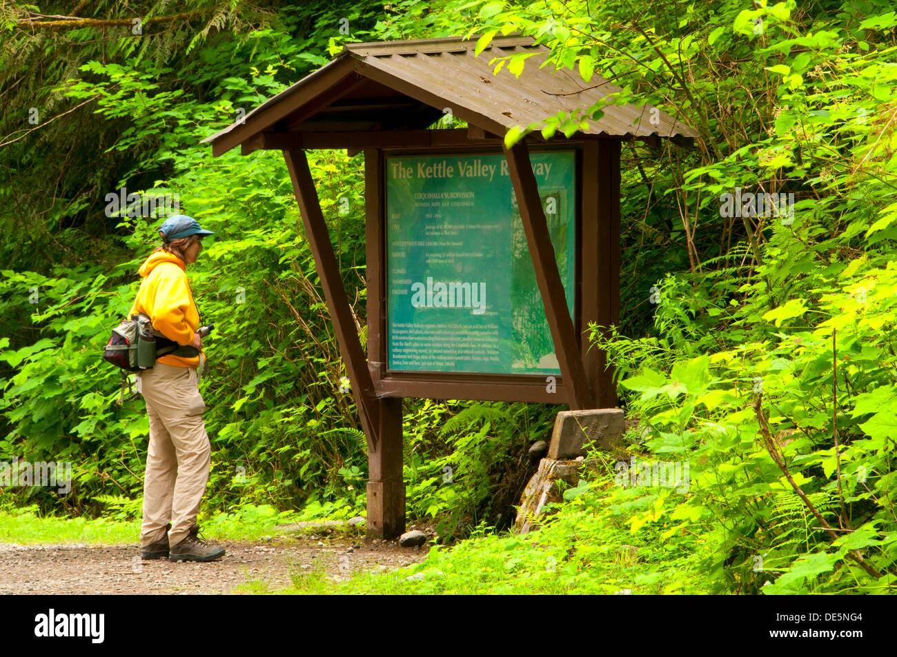 Information board, Coquihalla Canyon Parque Provincial de Columbia Británica, Canadá Foto de stock