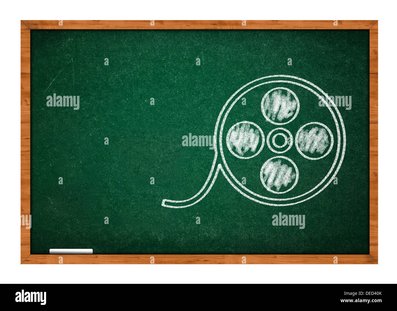 Carrete de película dibujada a mano en una pizarra escolar verde Imagen De Stock