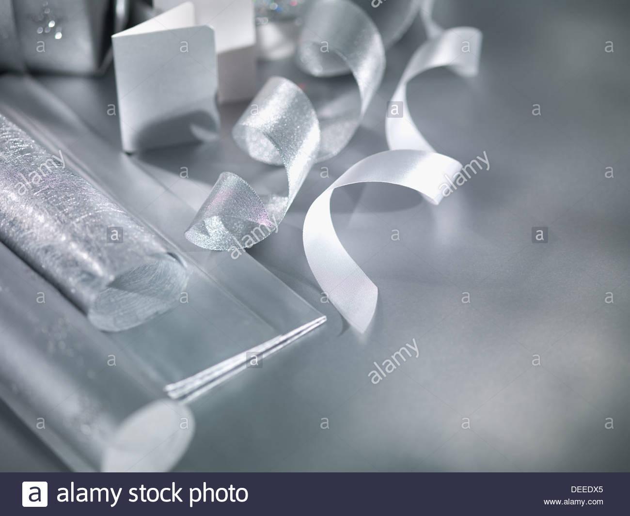Papel de embalaje y la cinta Imagen De Stock