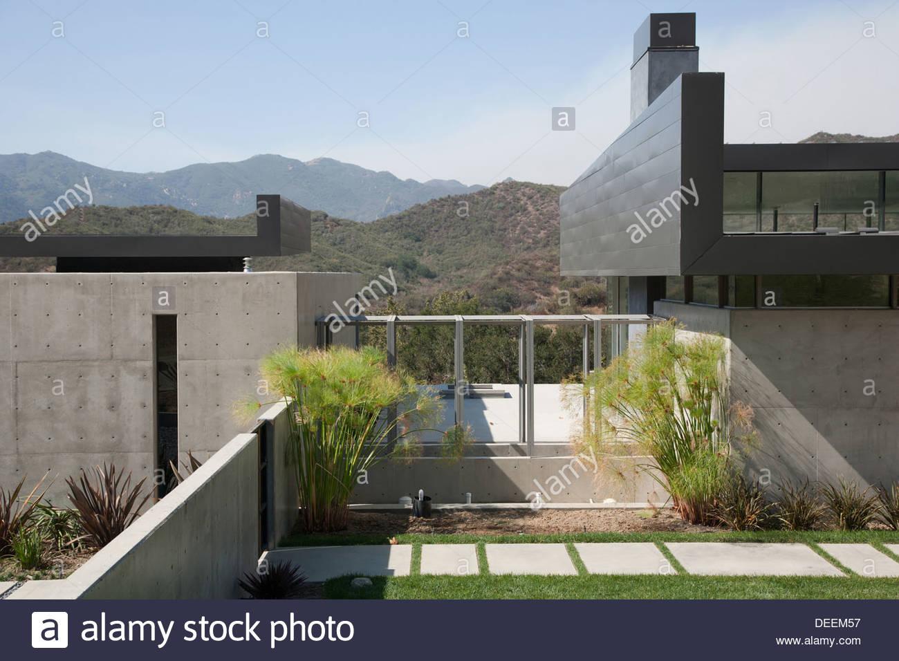 Exterior de la casa moderna Imagen De Stock