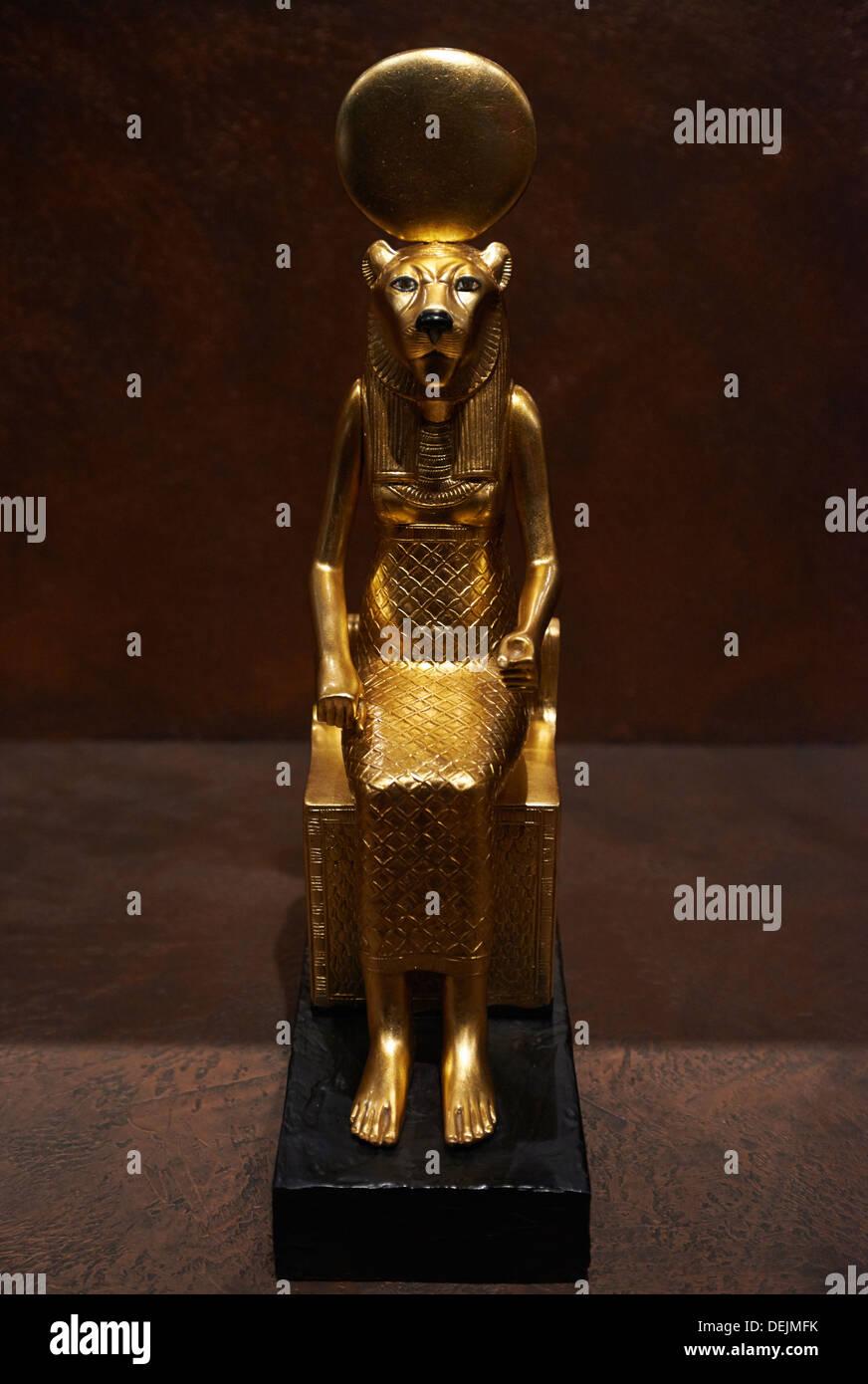 King Tutankhamun Imágenes De Stock & King Tutankhamun Fotos De Stock ...
