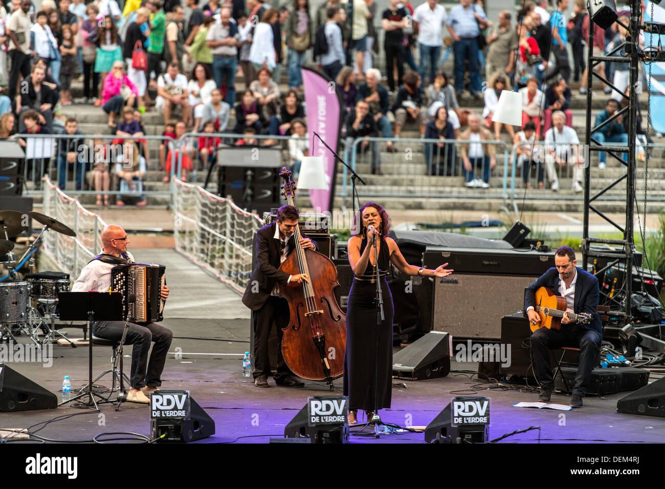 Festival de música de jazz Erdre Nantes FRANCIA Europa del Norte Imagen De Stock