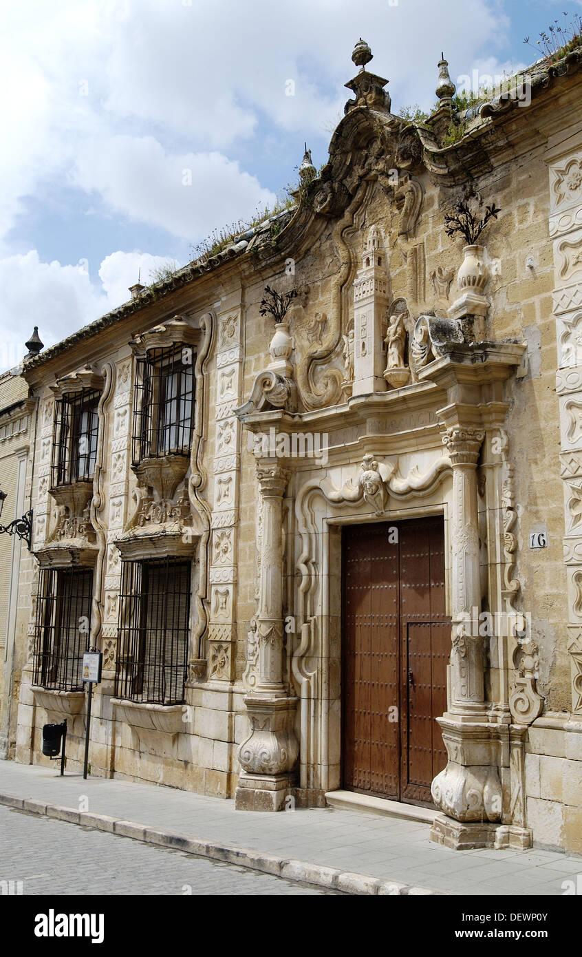 Palacio del Cabildo colegial (construido en el siglo XVIII). Osuna. Provincia de Sevilla. España Imagen De Stock