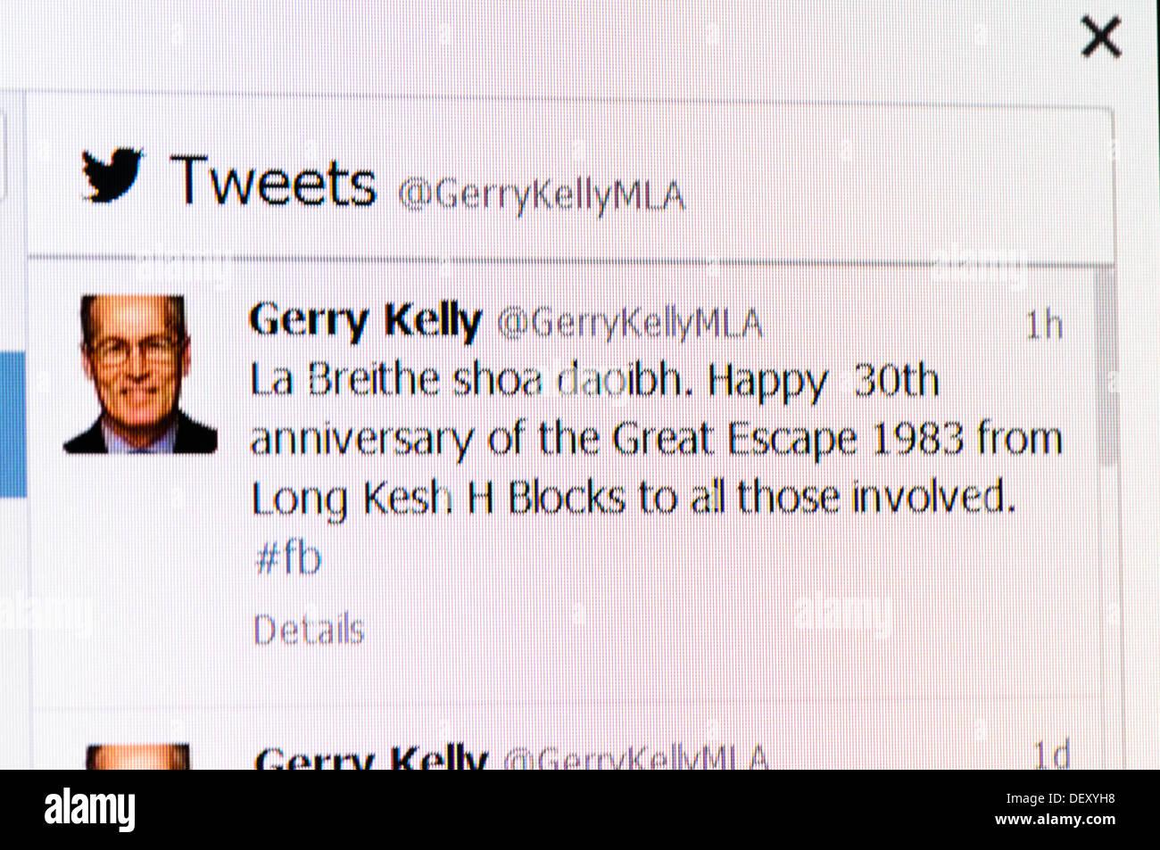 Irlanda del Norte, 25 de septiembre de 2013 - Gerry Kelly MLA (Sinn Fein) celebra el 30º aniversario de la prisión Foto de stock