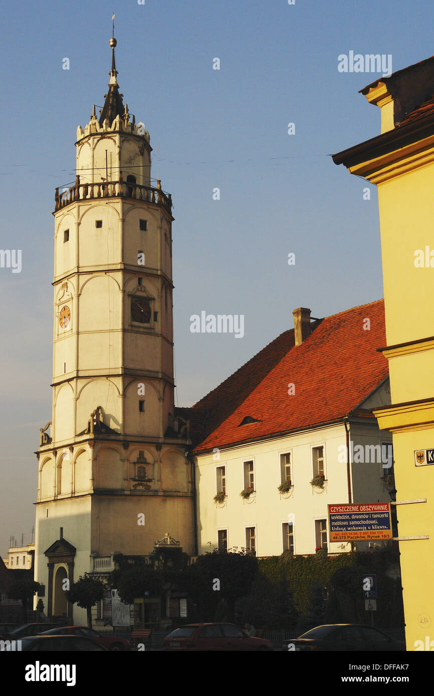Ayuntamiento, Paczków. Baja Silesia, Polonia Foto de stock
