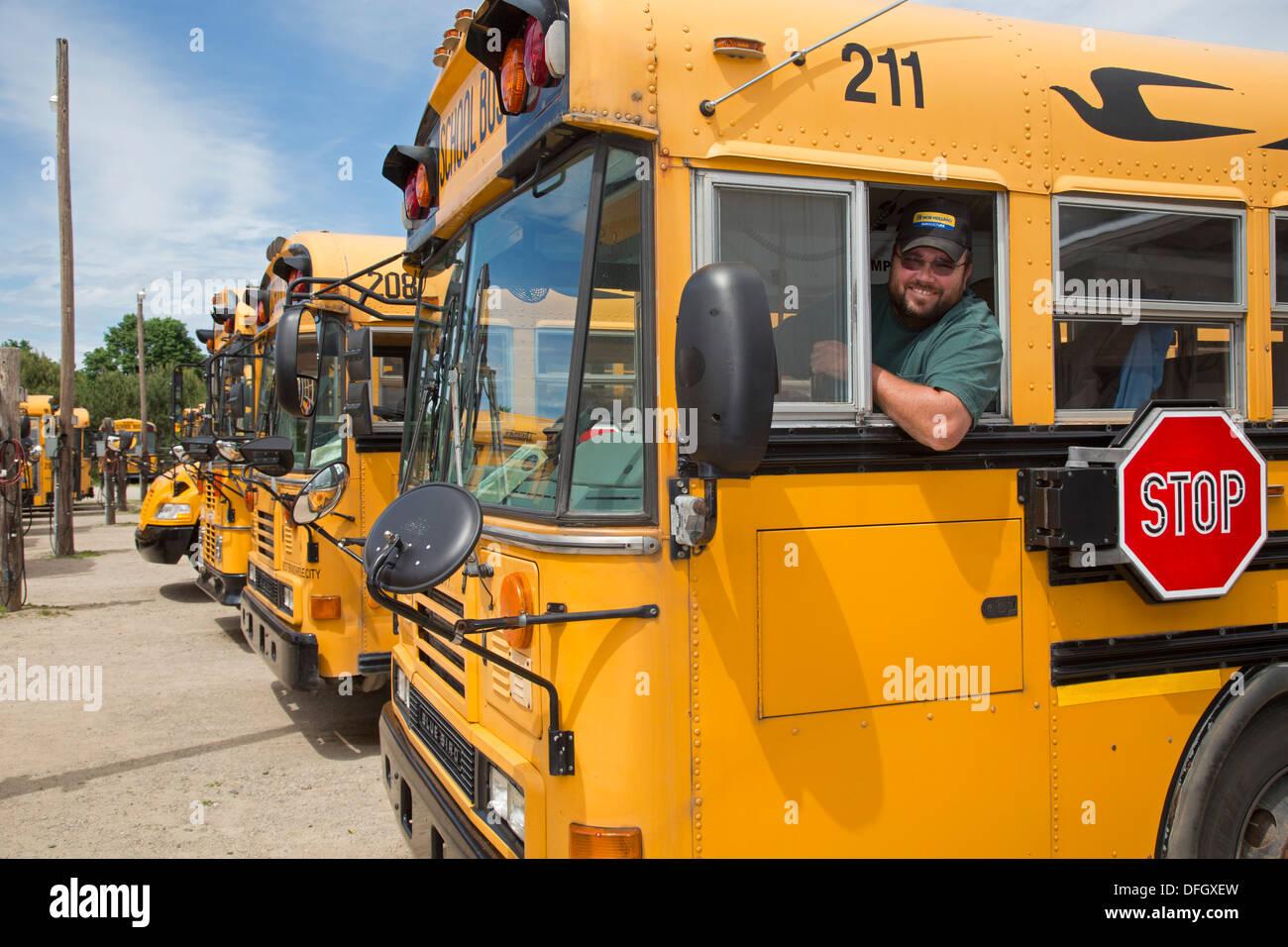 Chofer del Autobús escolar Imagen De Stock