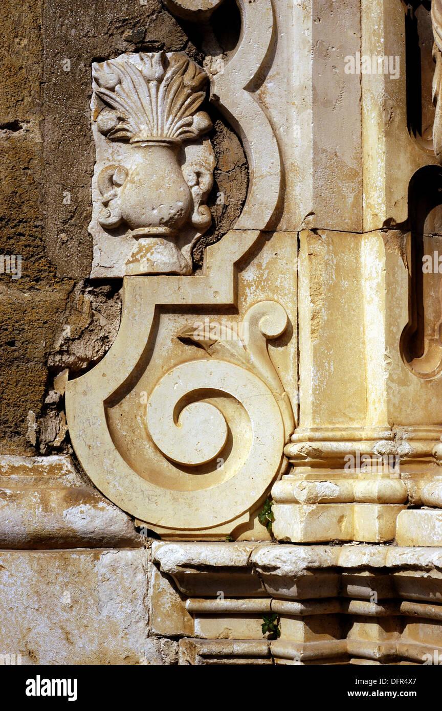 Detalle arquitectónico de la Cilla del Cabildo colegial. Osuna. Andalucia. España Imagen De Stock