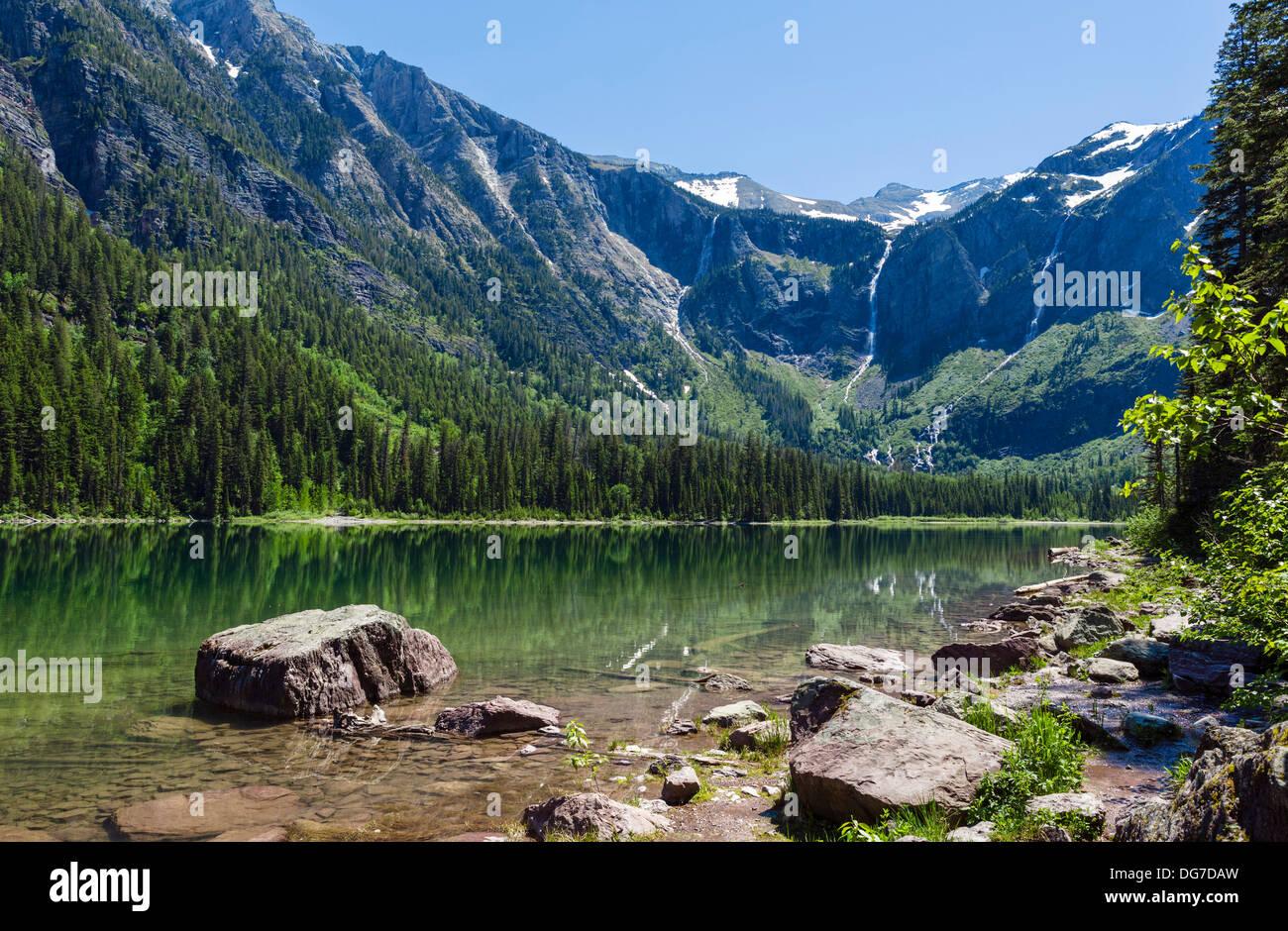 Avalancha Avalancha en el lago Lake Trail, el parque nacional de Glacier, Montana, EE.UU. Imagen De Stock
