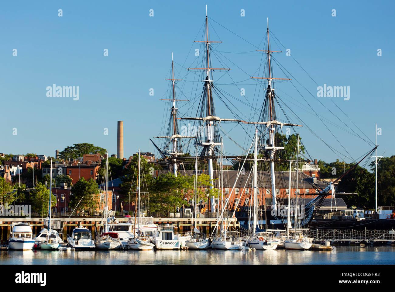 USS Constitution ('Old Ironsides'), el Astillero Naval de Charlestown, Parque Nacional Histórico de Boston, Boston, Massachusetts, EE.UU. Imagen De Stock