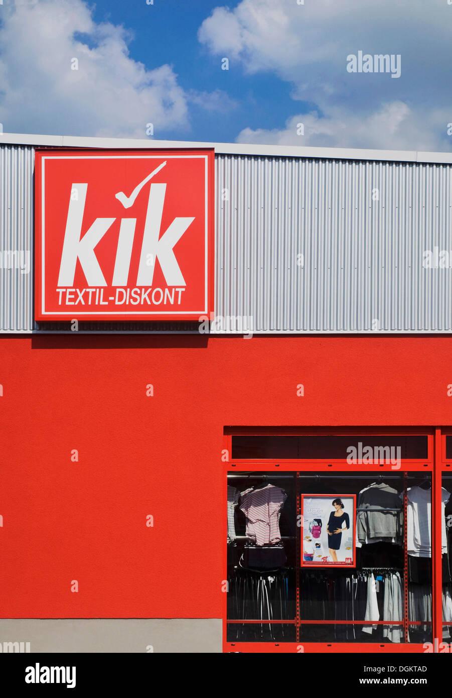 Logotipo de kik, almacén, cadena de ropa de descuento Imagen De Stock