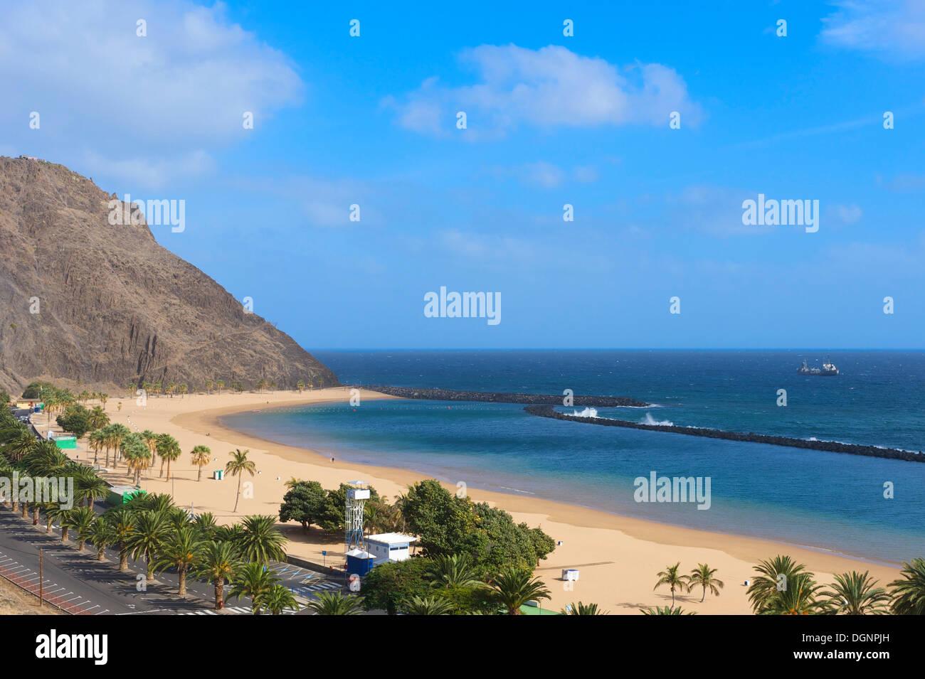 Playa de Las Teresitas, Santa Cruz de Tenerife, Islas Canarias, España Foto de stock