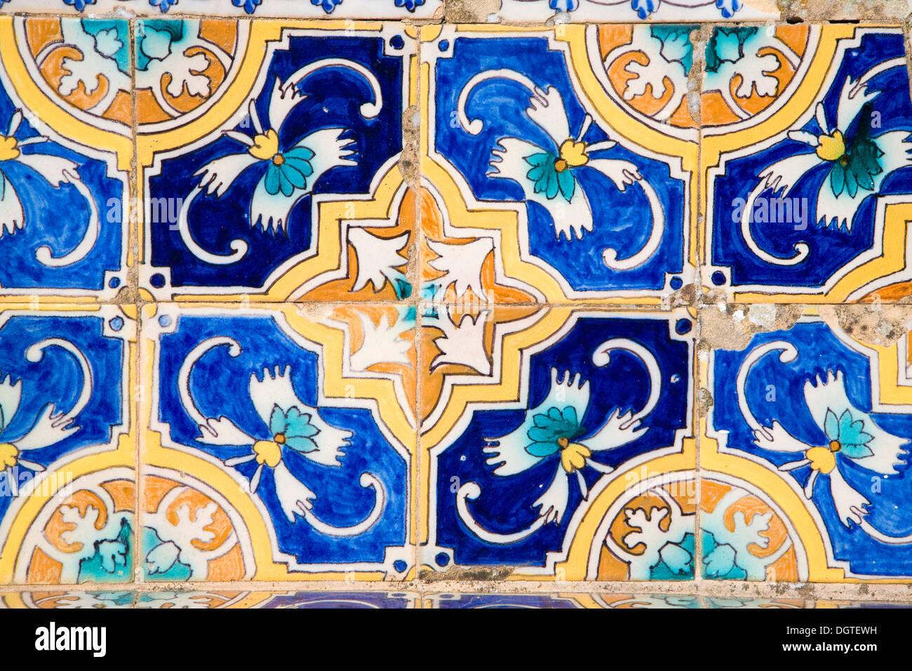 Decoración Cerámica azulejos moriscos patrones Ronda España Imagen De Stock
