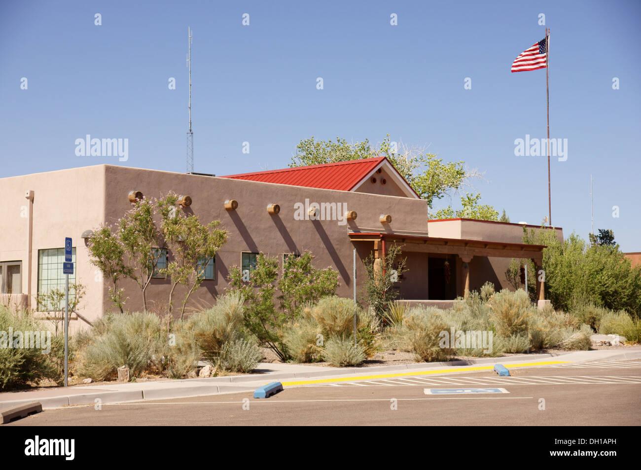 Centro de Visitantes el Bosque del Apache National Wildlife Refuge preservar nm new mexico socorro condado servicio de pescado Foto de stock