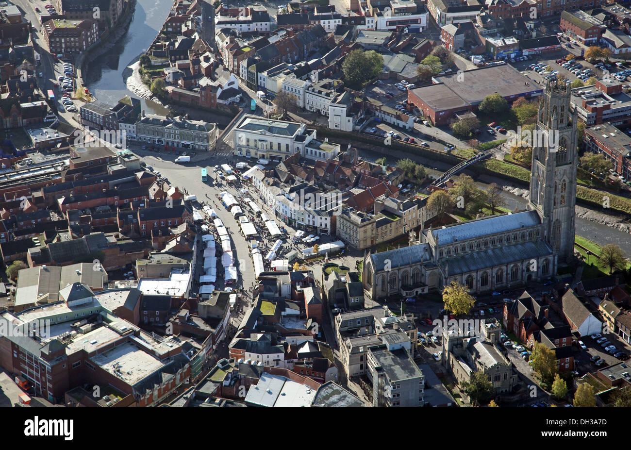 """Vista aérea de Boston, Lincolnshire, incluyendo el famoso St Botolph's Church - La """"Boston Stump' Imagen De Stock"""