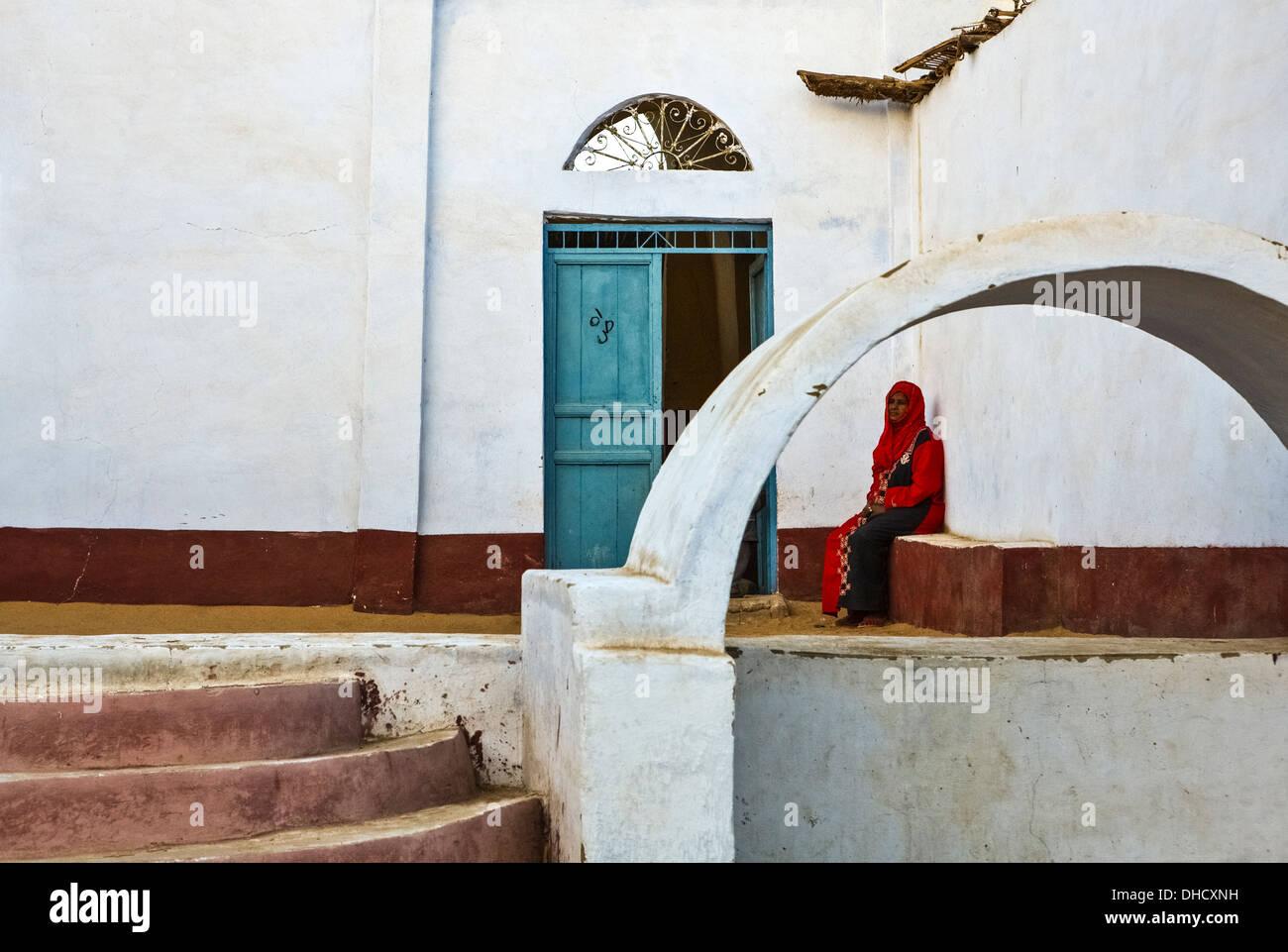 África Egipto, Asuán, la gente local en el Nubian Village Imagen De Stock