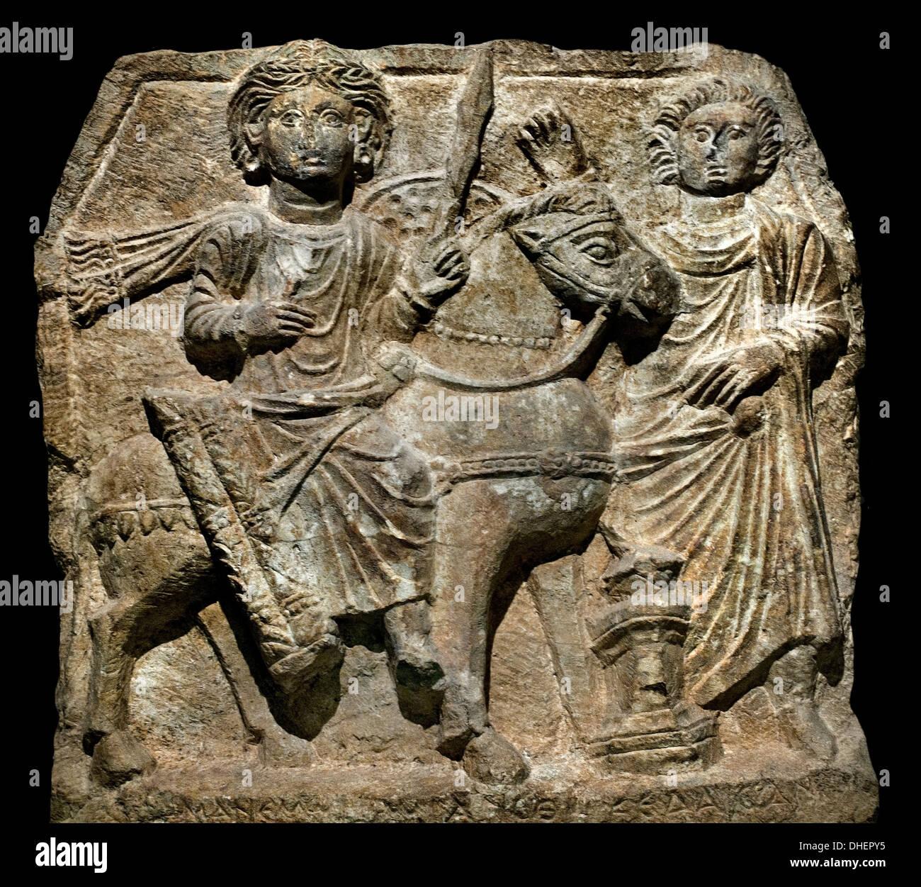 Bajorrelieve, dedicada al dios Maneros puente II siglo d.c. - Dura Europos Siria Imagen De Stock