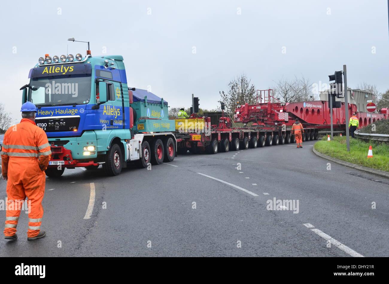 Salida 18 de la autopista M4, al norte de Bath, Reino Unido. El 16 ...