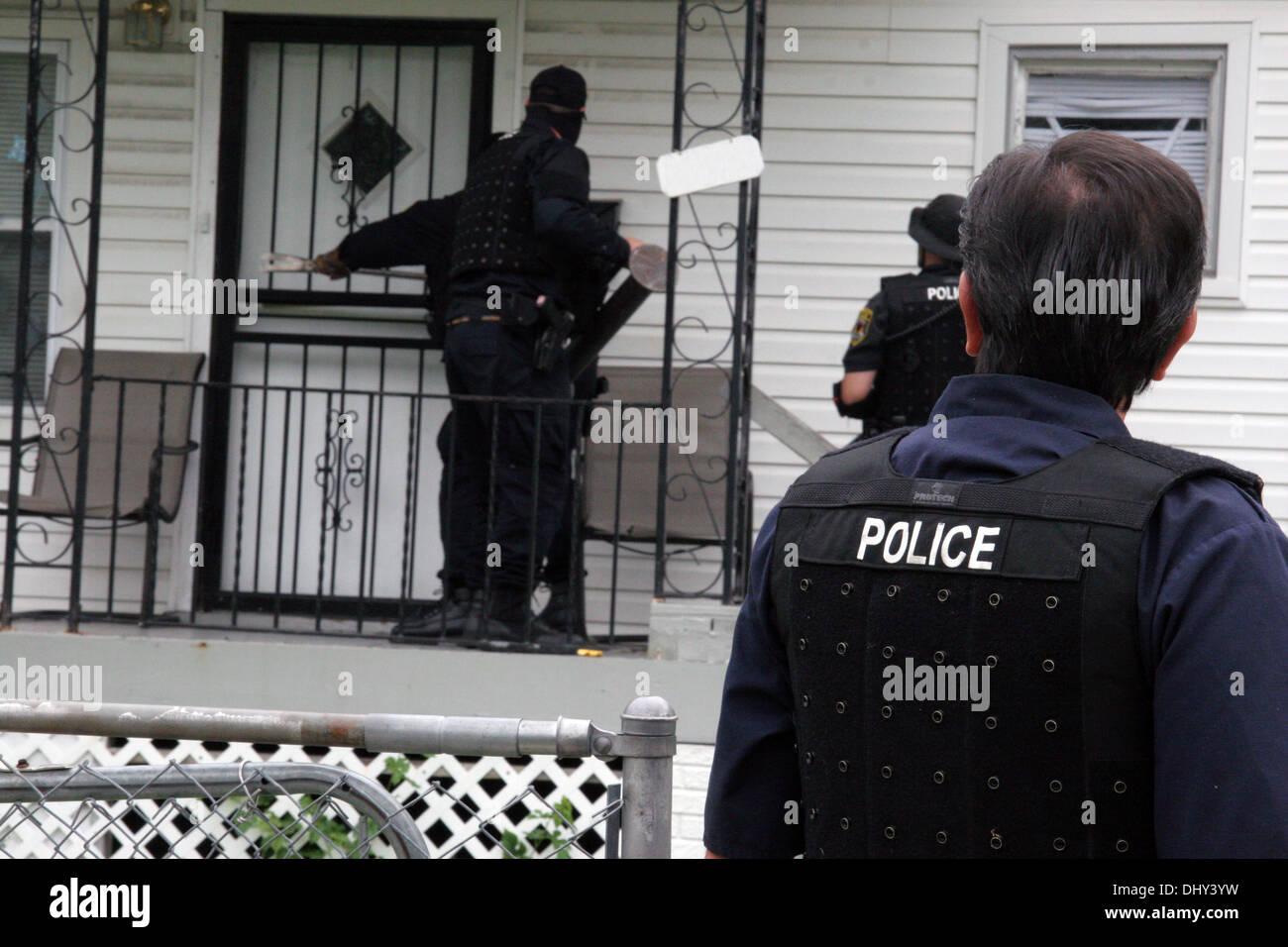 Policia de Narcoticos
