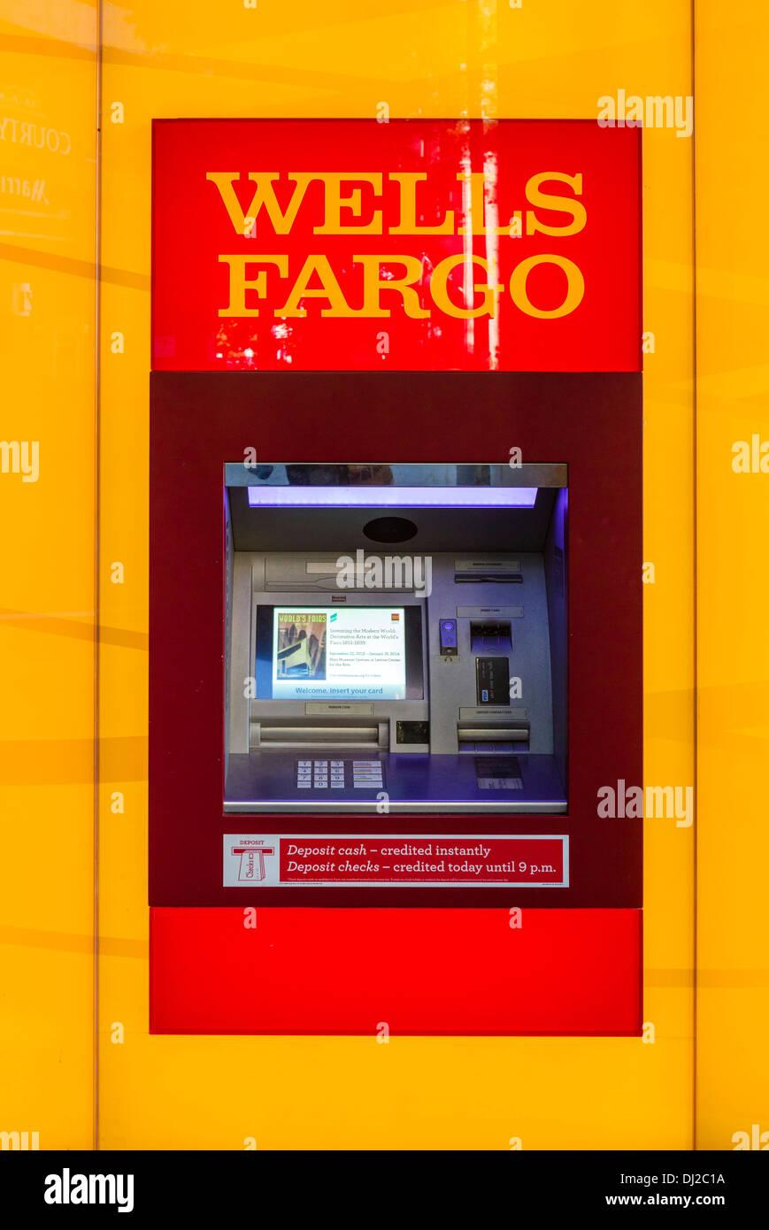Wells Fargo Bank cajero, EE.UU. Imagen De Stock