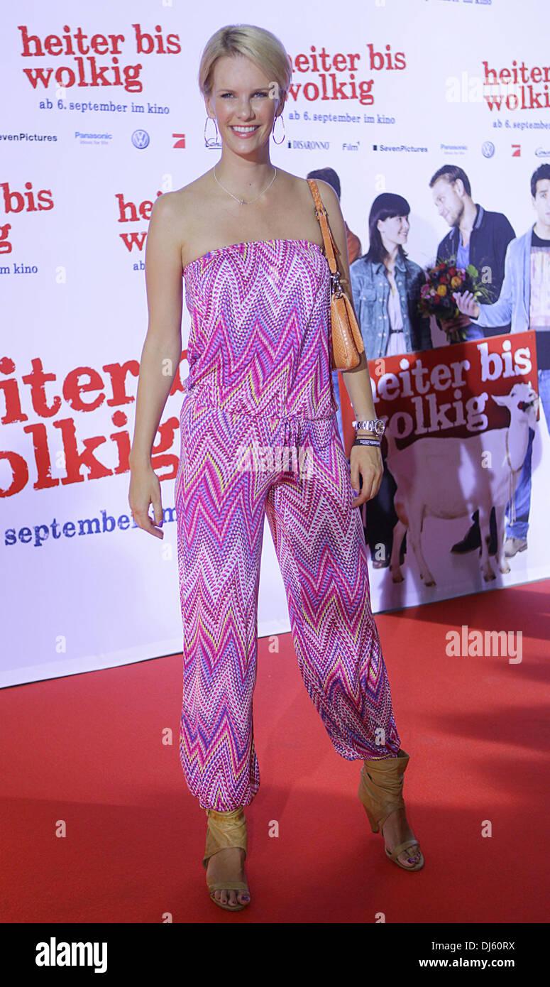 Monica Invancan en el estreno de la película 'Heiter bis wolkig' en cine Cinedom. Colonia, Alemania - 21.08.2012 Foto de stock