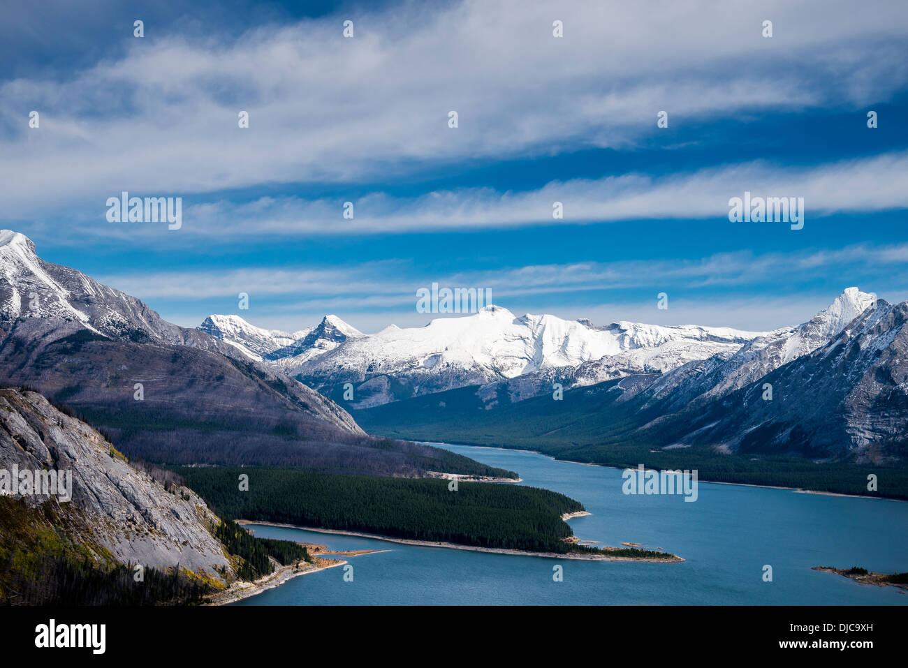 Vista aérea de la pulverización, Lagos, Kananaskis, Alberta, Canadá Imagen De Stock