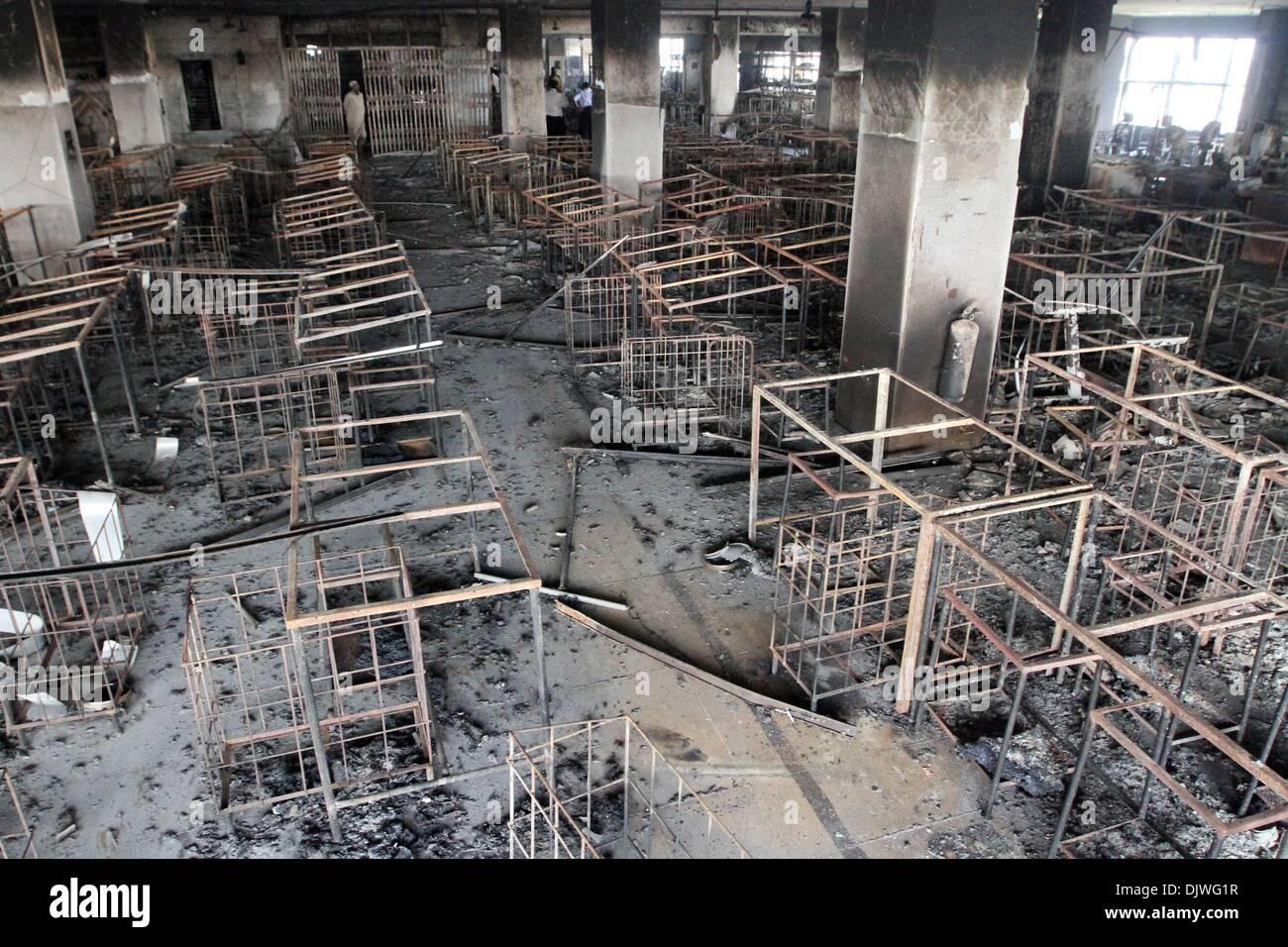 Quemaron las prendas son vistos después de un incendio de 10 pisos