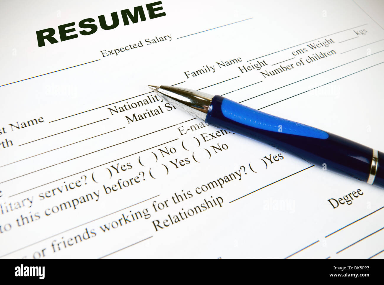 Reanudar la aplicación del formulario en papel blanco Imagen De Stock