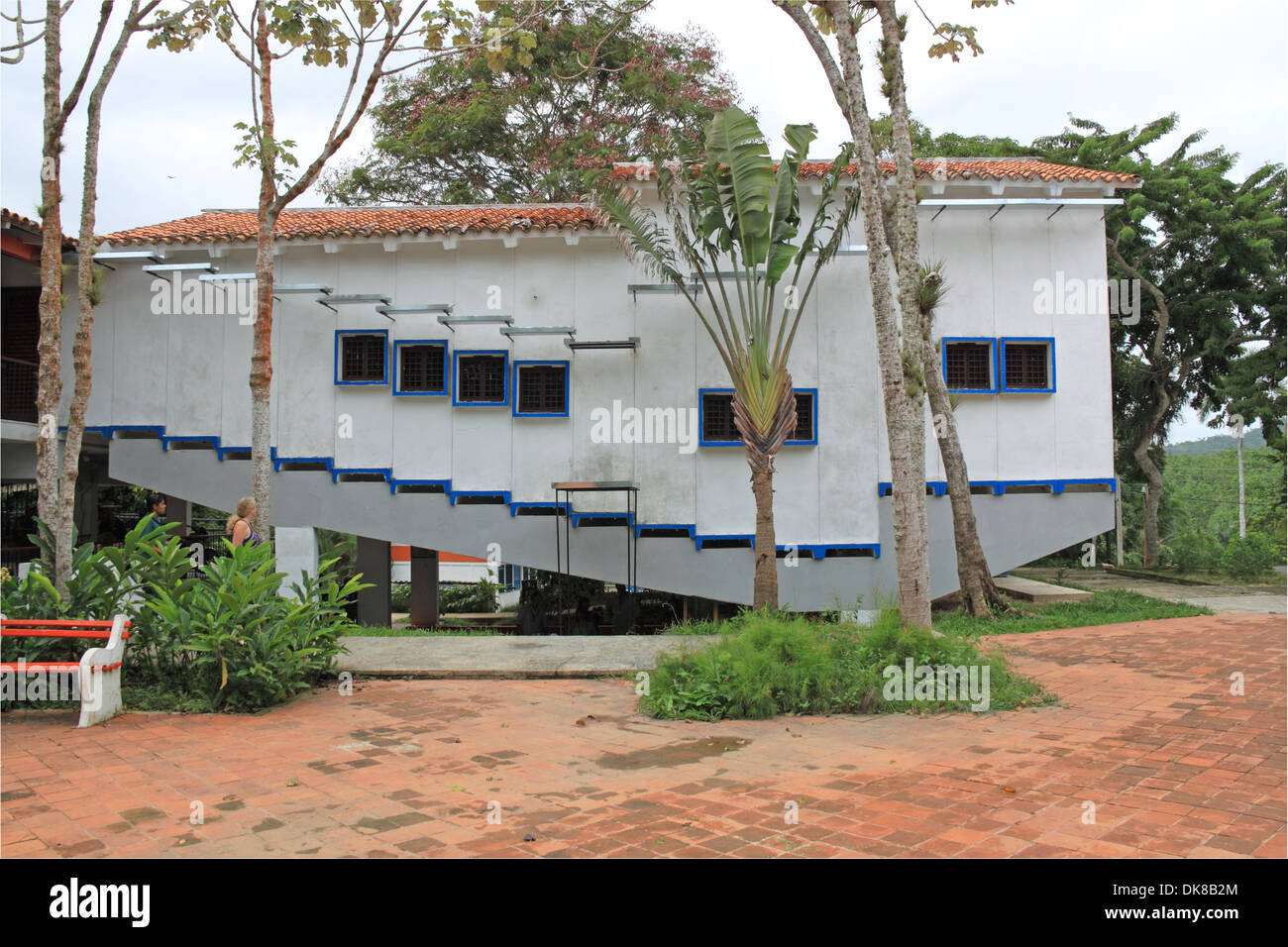 Cuban communities im genes de stock cuban communities fotos de stock alamy - Artesiete cine las terrazas ...