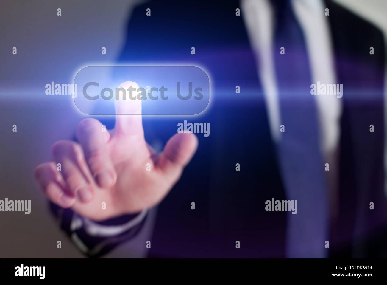Póngase en contacto con nosotros botón en la pantalla táctil Imagen De Stock