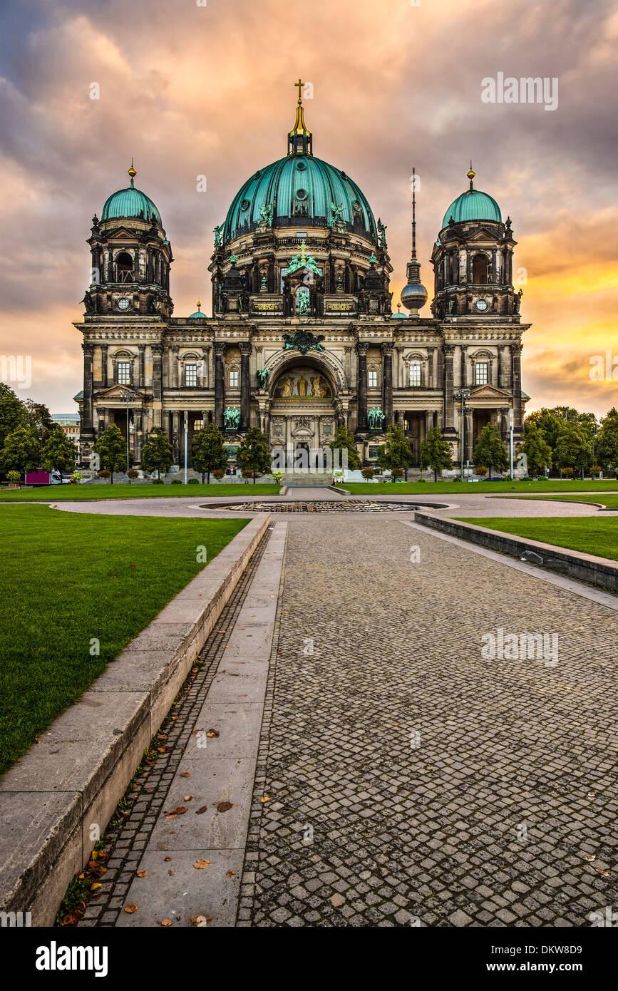 Catedral de Berlín, Alemania. Imagen De Stock