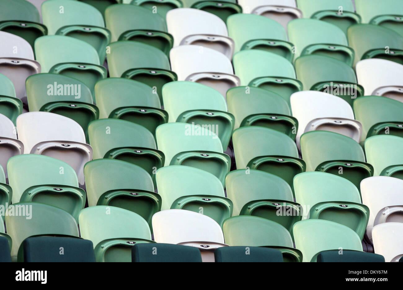 Jan 20, 2010 - Melbourne, Victoria, Australia - asientos del estadio vacío durante el Justine Henin (BEL) vs Imagen De Stock