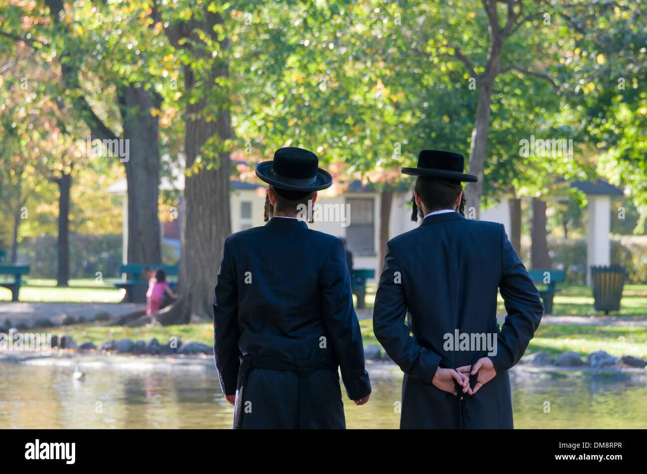 Los hombres judíos Hassidic Montreal Imagen De Stock