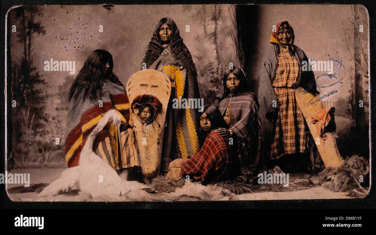 Las mujeres y los niños de Ute, Retrato, 1888 Imagen De Stock