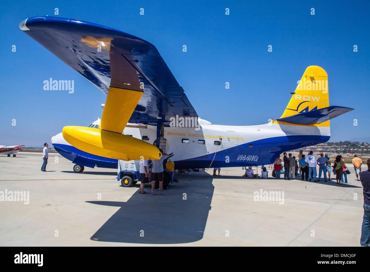 Un Grumman HU-16 avión anfibio en el Wings en Camarillo Airshow en Camarillo California en agosto de 2011. Foto de stock