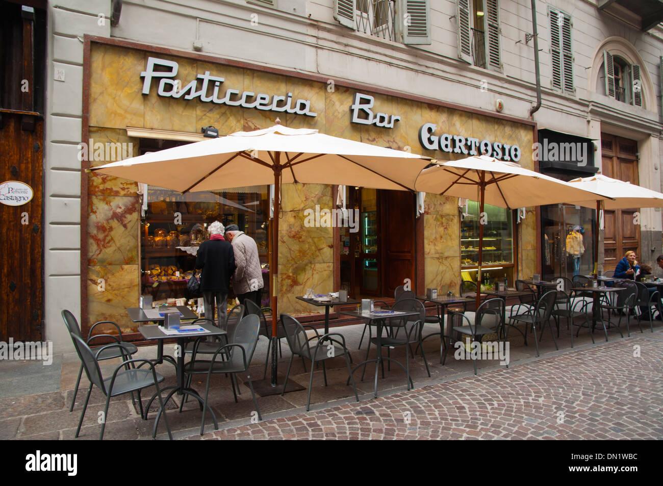 Bar Pasticceria Gertosio en Via Lagrange central de la Calle Turín Piamonte  Italia Europa Imagen De d2bf84a41bf