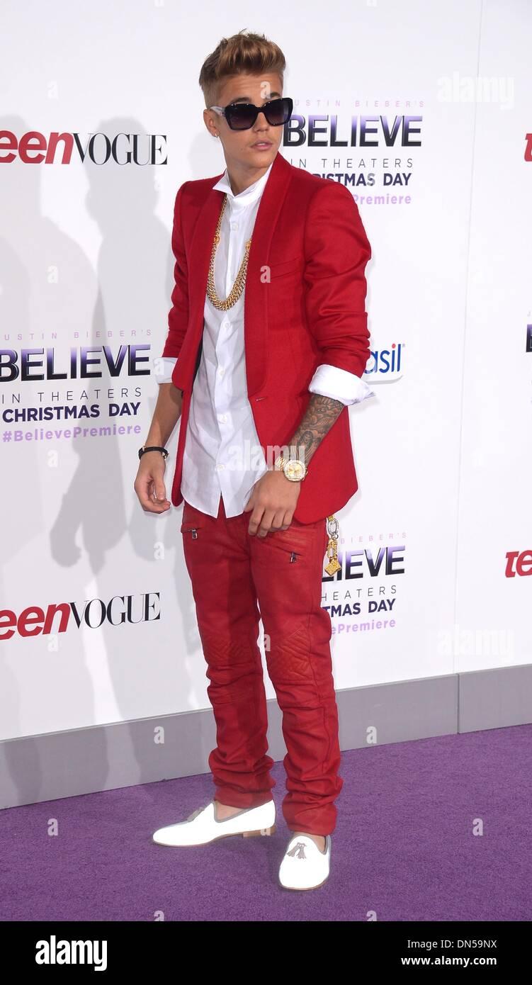 "Los Angeles, California, EEUU. El 18 de diciembre de 2013. Justin Bieber llega a la premiere de ""creer"" en Los Angeles, CA el 18 de diciembre de 2013 Crédito: Sidney Alford/Alamy Live News Imagen De Stock"