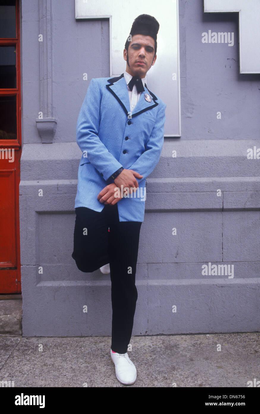 Teddy Boy 1980 peinado quiff. Londres, Reino Unido 1980 Homero SYKES Imagen De Stock