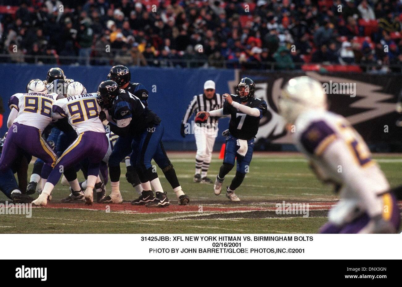 Febrero 16, 2001 - 31425JBB: NUEVA YORK XFL HITMAN VS. Tornillos de Birmingham.16/02/2001. JOHN BARRETT/ 2001(Crédito Imagen: © Globe Photos/ZUMAPRESS.com) Foto de stock