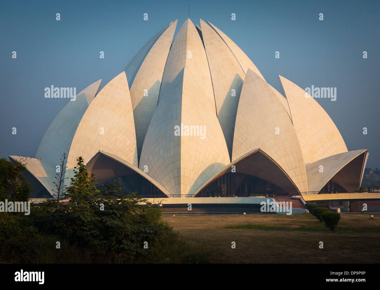 El Templo del Loto, ubicado en Nueva Delhi, India, es una casa de los Bahá'ís de culto Imagen De Stock